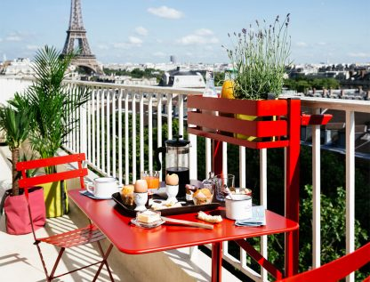 Bistro balcony table in Poppy