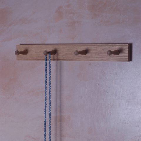 Shaker style four peg oak rail