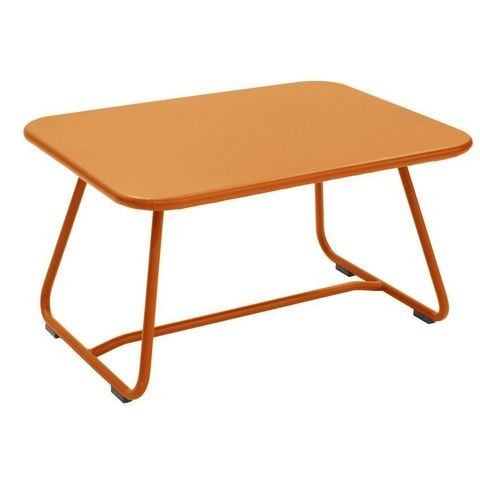 Sixties table in Carrot