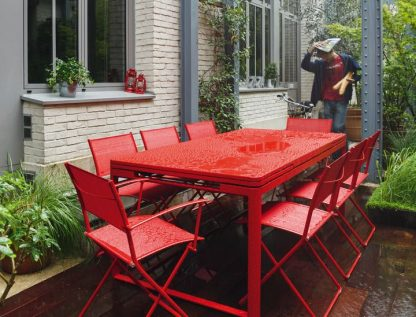 Biarritz table in Poppy (with Plein Air chairs & armchairs, also in Poppy)
