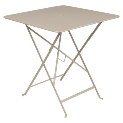 Bistro table 71 x 71 in Nutmeg