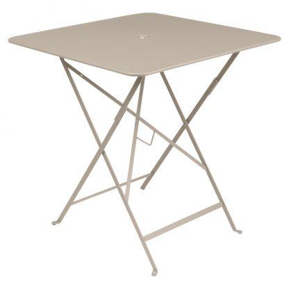 Bistro table 71 x 71 in Nutmeg
