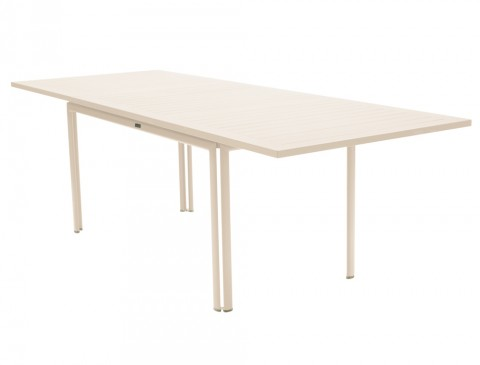 Costa extending table in Linen