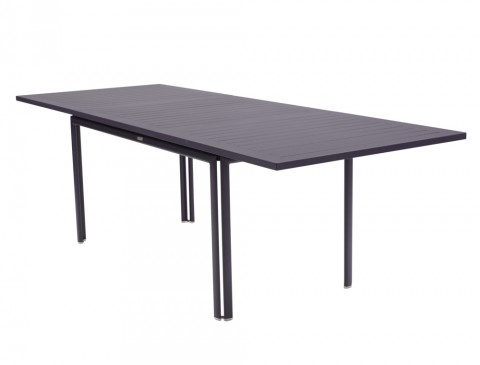 Costa extending table in Plum