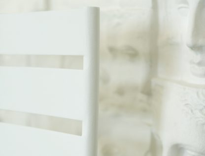 Facto chair in Cotton white