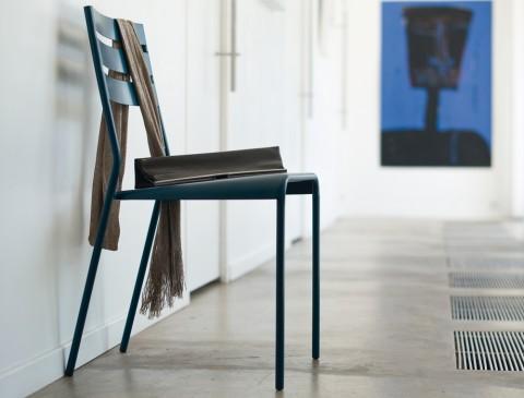 Facto chair in Cedar Green