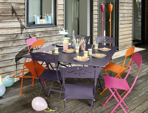 Cargo table in Plum, Bagatelle chairs in Plum, Coeur chairs in Carrot & Fuchsia