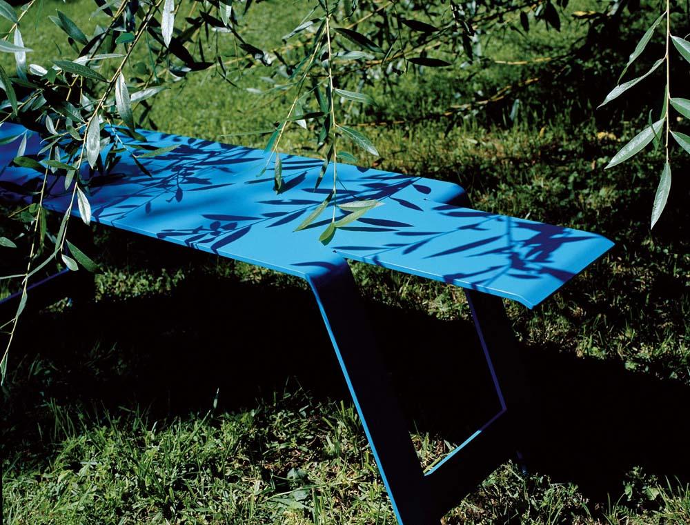 Origami bench le petit jardin for Petit jardin