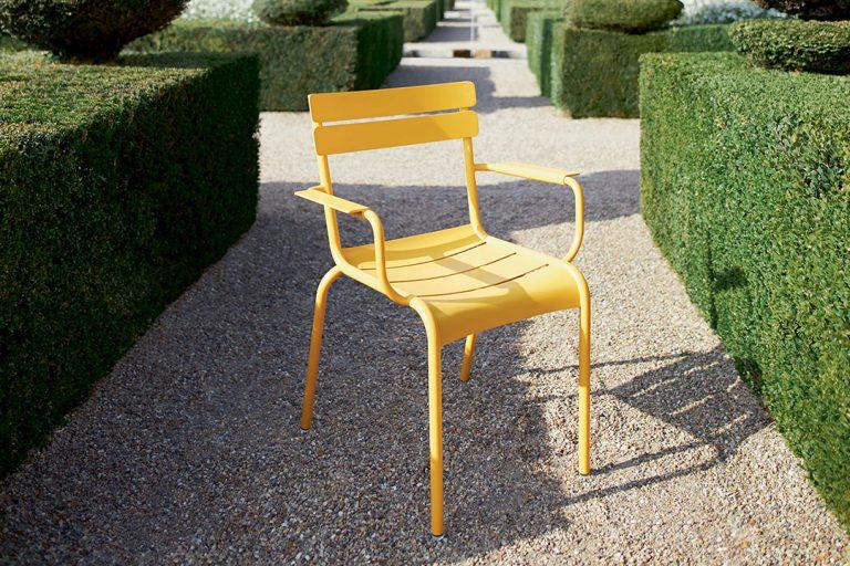 Luxembourg armchair in Honey