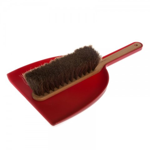 Dustpan & Brush set in red; oil treated beech, horsehair, plastic