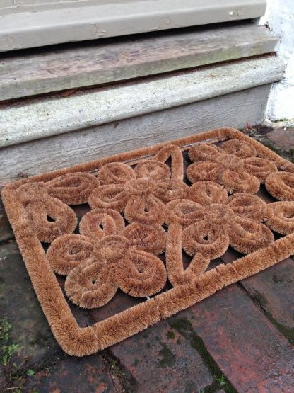 Rectangular floral doormat