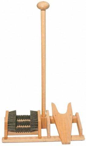 Oak wellie boot brush & remover