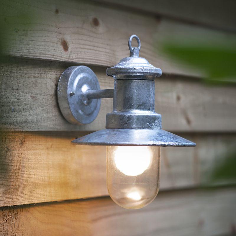 St Ives ship's light