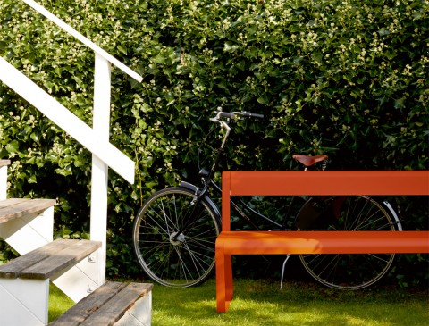 Bellevie bench with backrest