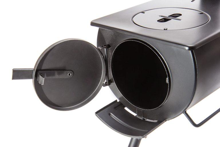 Below the door to the Loki stove is an ash catcher