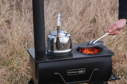 The Loki stove can be used as an open fire as well by removing the hot plate