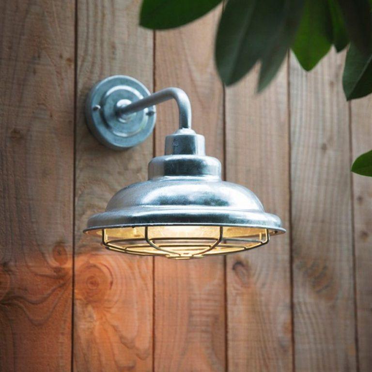 St Ives mariner light