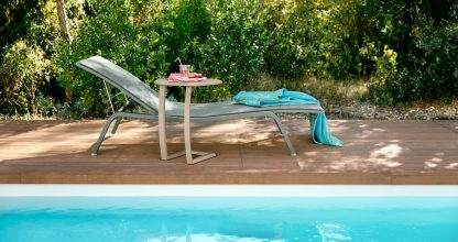 Alizé offset low table and Alizé sunlounger XS