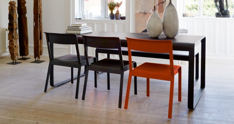 Bellevie table, Bellevie bench and Bellevie chairs