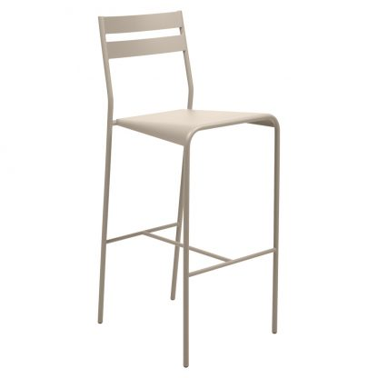 Facto high chair in Nutmeg