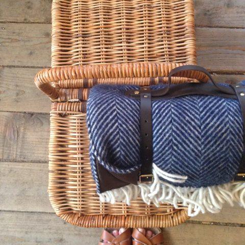 Picnic blanket in Herringbone Navy