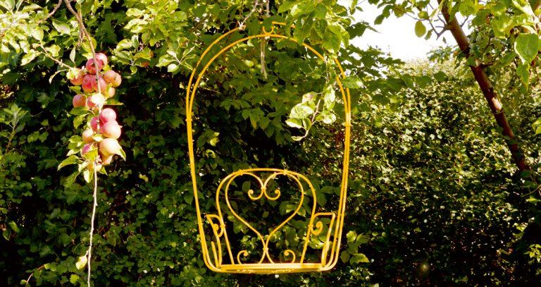 1900 hanging armchair in Honey