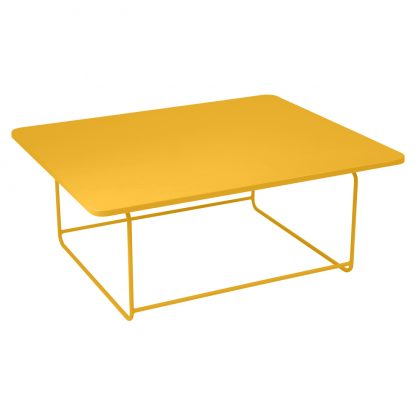 Ellipse low table in Honey