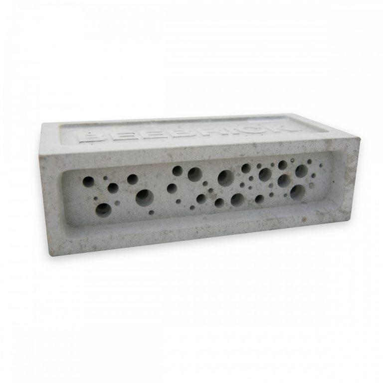Bee Brick in Natural, Off White concrete