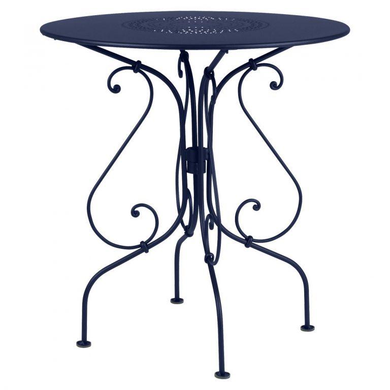 1900 table, 67 cm diameter in Deep Blue