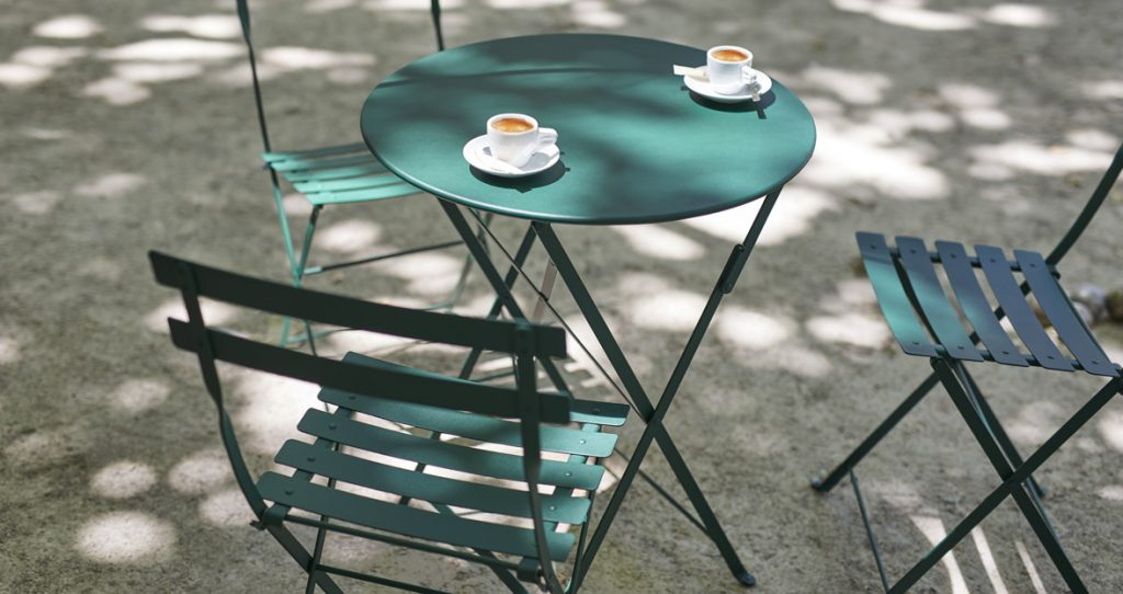 Bistro chair and Bistro 60 cm table in Cedar Green