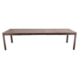 Ribambelle extending table with three extensions in Russet