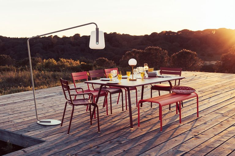 Luxembourg armchairs, chairs, 207 x 100 table and bench, Balad and Mooon! lamp