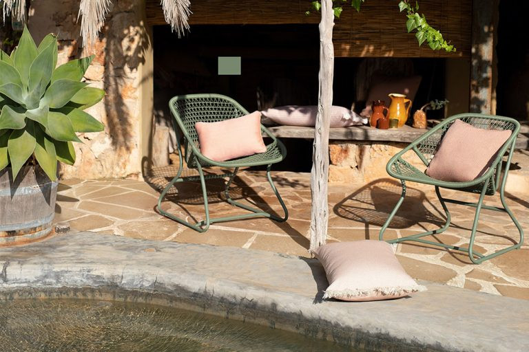 Sixties armchairs in Cactus