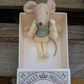 Dancer mouse in a matchbox