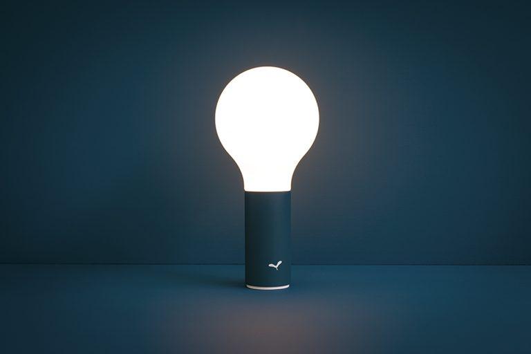 Aplô lamp in Acapulco Blue