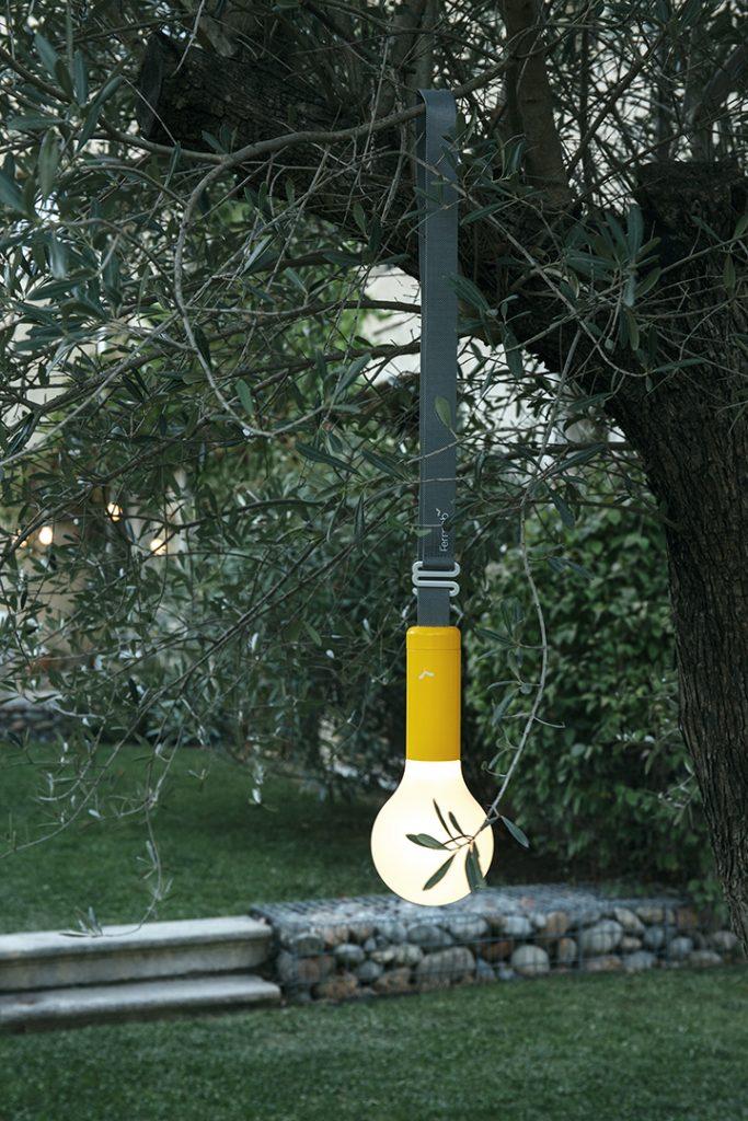 Aplô lamp and strap in Honey