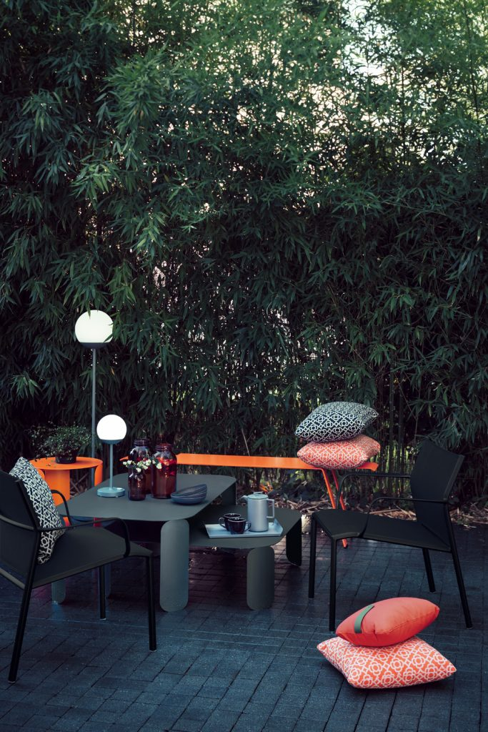 Cadiz low armchairs, Bebop side tables and Origami bench