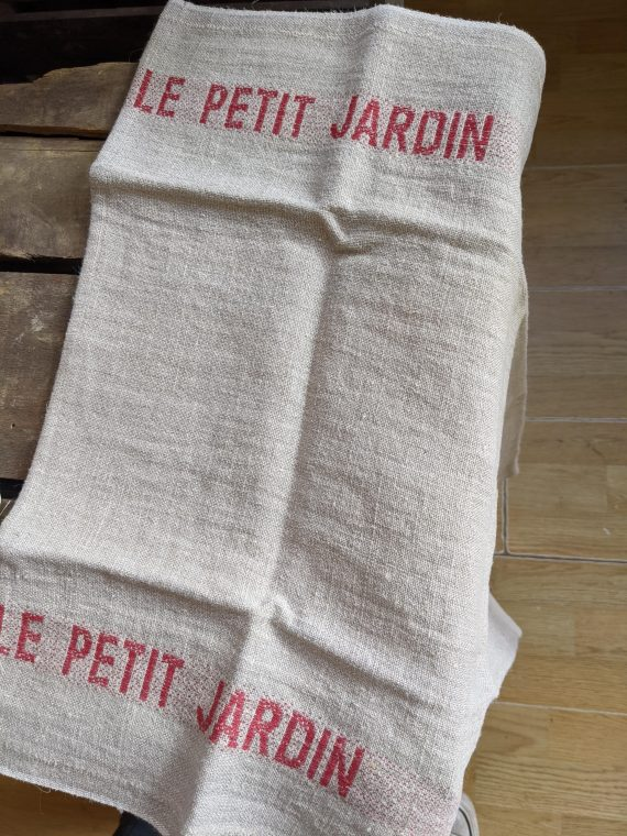 le petit jardin tea towel